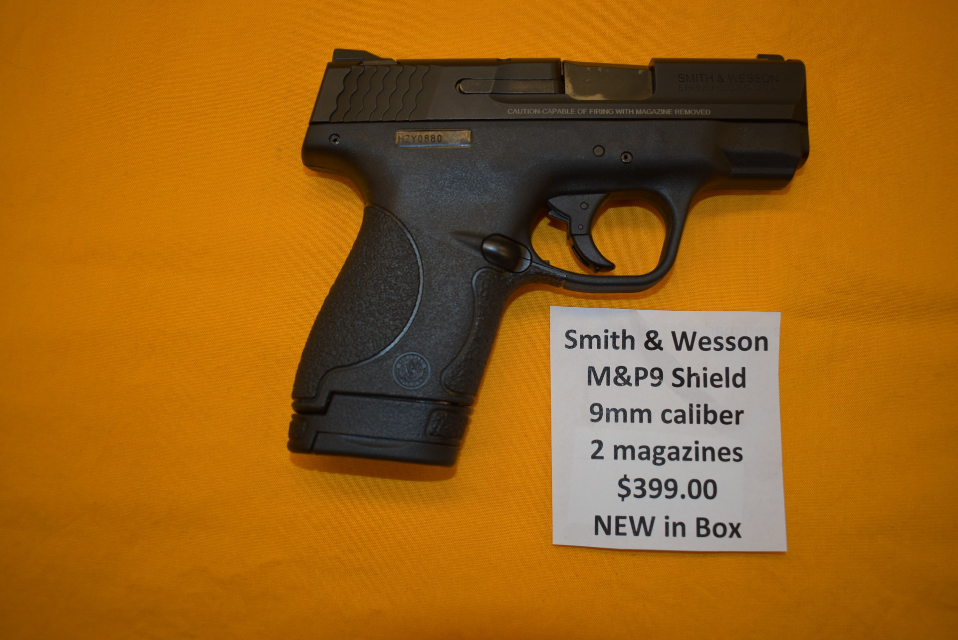 NEW Smith & Wesson M&P Shield 9mm