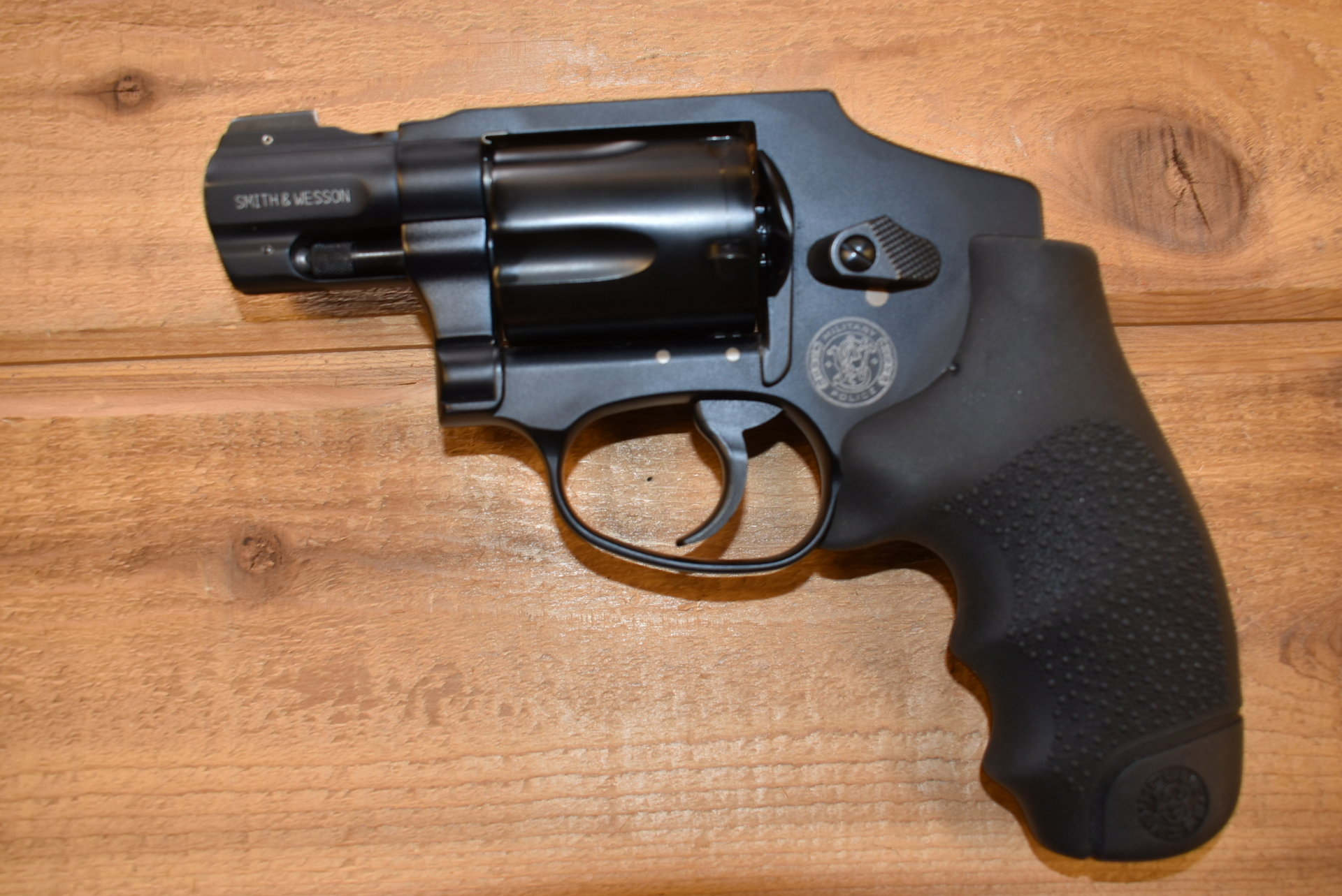 Smith & Wesson M&P 340 357 magnum